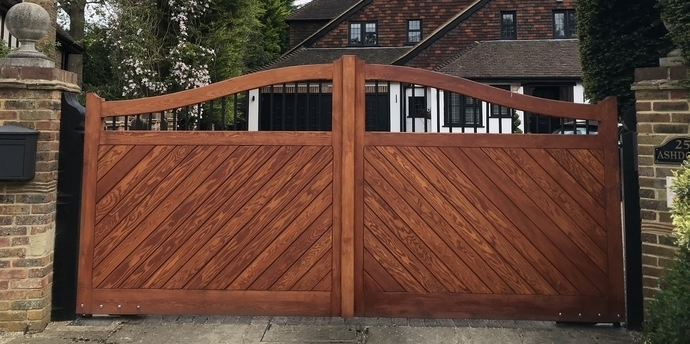 1st Ace Security Wooden Gates Central London South London Amp South East London